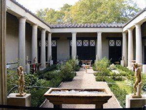 1_courtyardprec